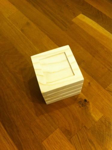 Cub - Fața cu pătratul mic