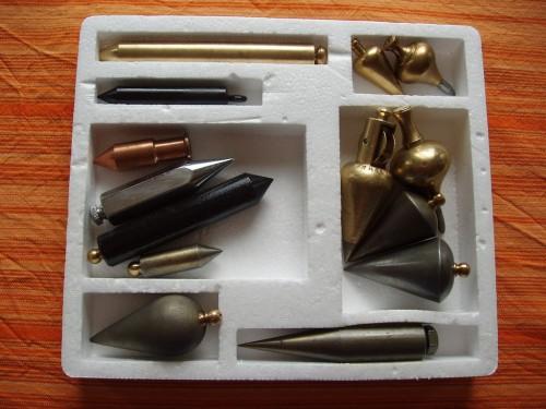 Colecția mea de fire cu plumb. Cred ca mai e  loc de câteva în cutia asta.
