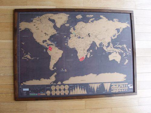 Harta cu fundal negru