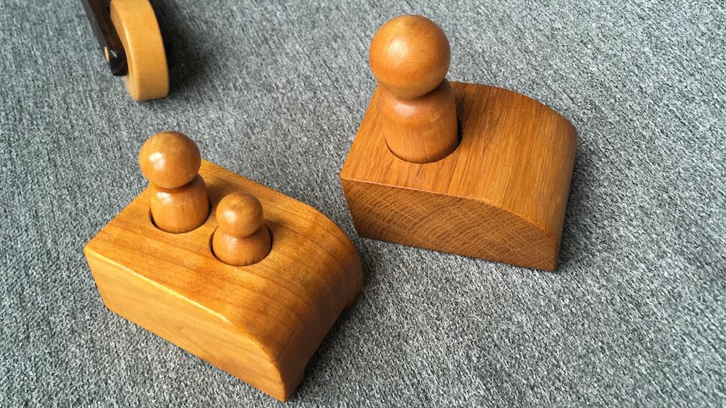 Zona cargo poate fi schimbată astfel că cu puțină imaginație se pot crea diverse variante de atașat la șasiu.